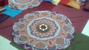 round-cloth